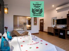 Orussey One Boutique, hotel with jacuzzis in Phnom Penh