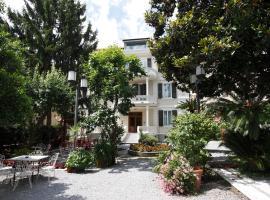 Genovese Villa Elena Residence, apartment in Varazze