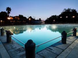 Hotel Niccolo' V - Terme dei Papi, отель в Витербо