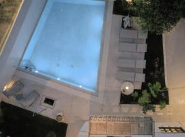 Leonidas Domus, hotel with pools in Rethymno Town