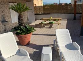 myrooftop a 10 min dalla Reggia di Caserta, apartment in Caserta