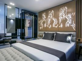 Lavris City Suites, hotel in Heraklio