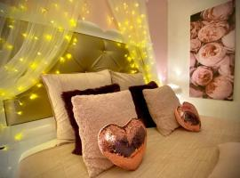 """COSY & SPA JACUZZI """"Suite Rubis"""", hotel with jacuzzis in Avignon"""