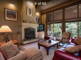 Tamarron PineCone - 828, holiday home in Durango