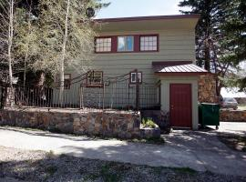Mission Rock Cottage, holiday home in Ouray