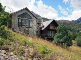 Antler Hill, holiday home in Ouray