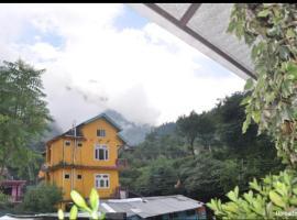MARY JANE Restobar, hotel near Kullu–Manali Airport - KUU, Kasol