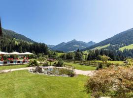 """Natur & Spa Resort """"Der Alpbacherhof"""" Superior, hotel in Alpbach"""