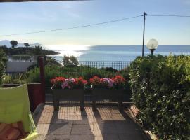 Face à la mer, villa in Saint-Aygulf