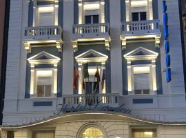 Hotel London, hotel in Viareggio