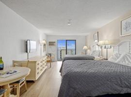Studio Suite with Incredible Views! Sea Mist Resort 51606 Full Kitchen!, villa in Myrtle Beach