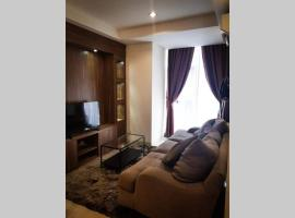 Luxury and Comfort 2 BR Apartment Lavenue Pancoran by Sang Living, hotel in Jakarta