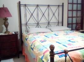 Home Away From Home, homestay in Kingston