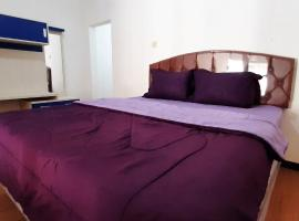 OYO 90486 Gb Guest House, hotel near Taman Krida Budaya Jawa Timur, Malang