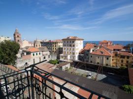 Appartamento di 5 locali,8 posti letto vista mare, apartment in Varazze