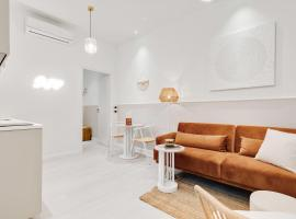 New and Design flat in the hearth of Milan, holiday home in Milan