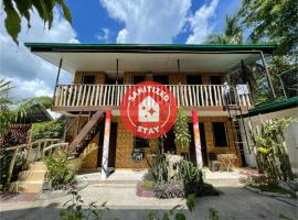 OYO 796 Southpoint Hostel And Restobar, hotel in Moalboal