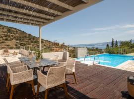 Celaeno Luxurious Villa, villa in Agios Nikolaos