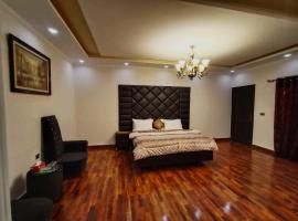 Defence Residency Guest House, hotel in Karachi