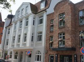 Designhotel 1690 & Apartments, отель в городе Рендсбург