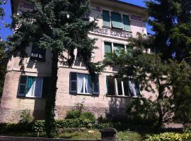 Pensione Elvezia, hotell i Rapallo