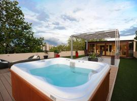 Feel Good Penthouse With Jacuzzi, hotel in Zadar