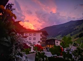 Hotel Kirchlerhof, hotel in Tux
