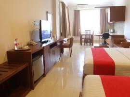 HOTEL & WISMA BINTANG JADAYAT, hotel near Ciherang Waterfall, Bogor