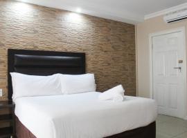Bayside Hotel & Self Catering 110 West Street, hotel near Wilson's Wharf, Durban