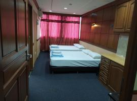 CITY RESIDENCE SHAH ALAM HOTEL, hotel in Shah Alam