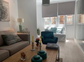NUEVO APARTAMENTO LUJO PLAYA MALAGUETA-CENTRO, apartamento en Málaga