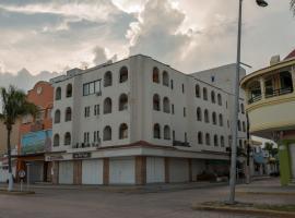 Suites Bahia, hotel in Cozumel