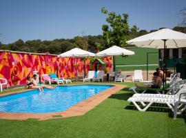 Hotel Restaurante Cadosa, hotel in Soria