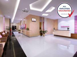 favehotel Diponegoro, hotel near Ahmad Yani International Airport - SRG, Semarang