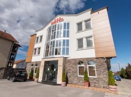 Hotel Stari Krovovi, hotel in Novi Sad
