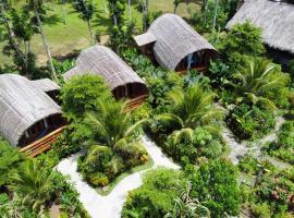 Lagoona Beach Bungalows - Eco Resort, hotel in Batukaras