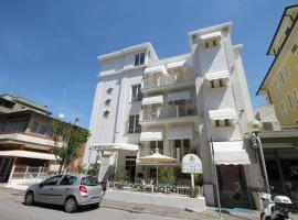 Hotel Belvedere Spiaggia, hotel in Rimini