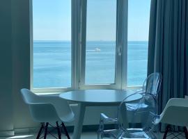 MAGNIT Apartments у самого моря, apartment in Odessa