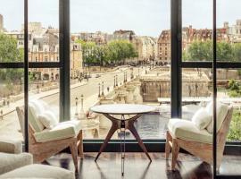 Cheval Blanc Paris & Dior Spa Cheval Blanc Paris, hotel in Paris
