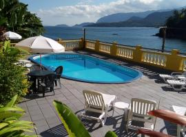 Colonial Hotel, hotel in Ilhabela