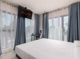 Arena Zone Hotel & Café, hotel in Valencia