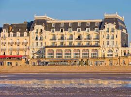Le Grand Hotel de Cabourg - MGallery Hotel Collection, hotel near Cabourg Beach, Cabourg