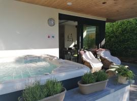B&B Le Jardin de Sophie, spa hotel in Geraardsbergen