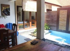 Jukung Villas Kuta, hotel near Kuta Square, Kuta