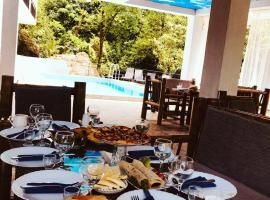 white Hause, resort in Batumi