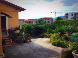 """Ev Case Vacanze Palinuro e Marina di Camerota """"Dimora Murat"""", self catering accommodation in Palinuro"""