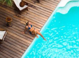 Hotel Kinbe, hotel in Playa del Carmen