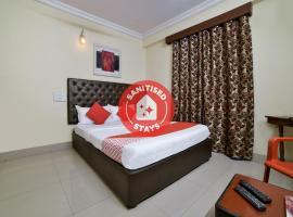 OYO 16018 Rainbow Saphire, hotel in Hyderabad