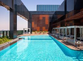 DoubleTree by Hilton Dubai M Square Hotel & Residences, hotel near Meena Bazaar, Dubai