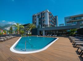 Lake Front Hotel Mirage, hotel a Riva del Garda